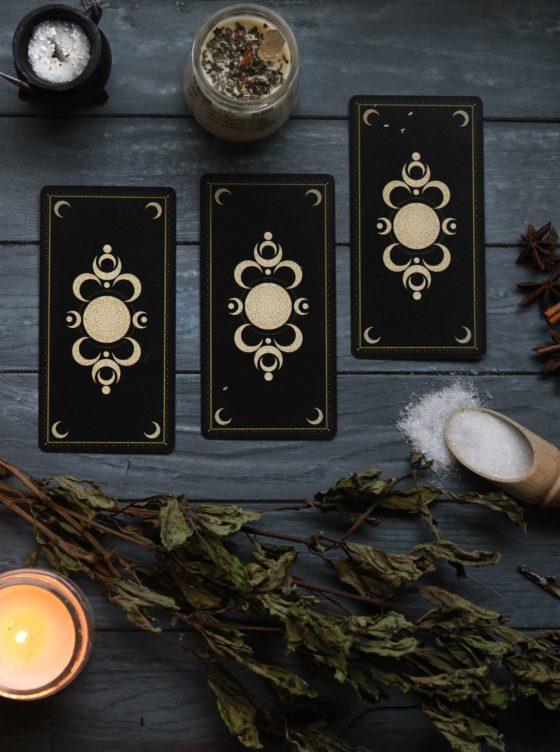 Choosing your first tarot deck.