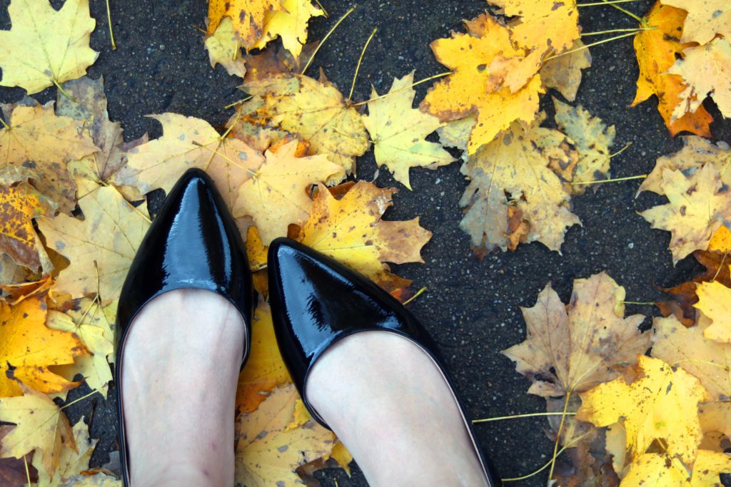 Witchy fall fashion: wear pointy shoes for a hint of magical chic.
