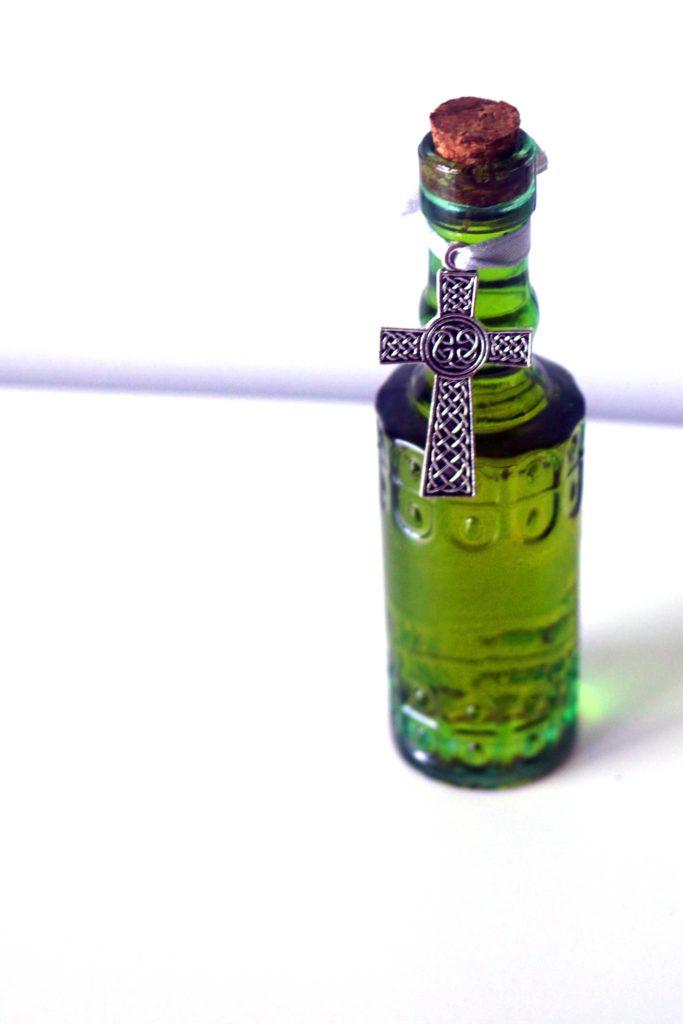 Celtic cross ritual oil.