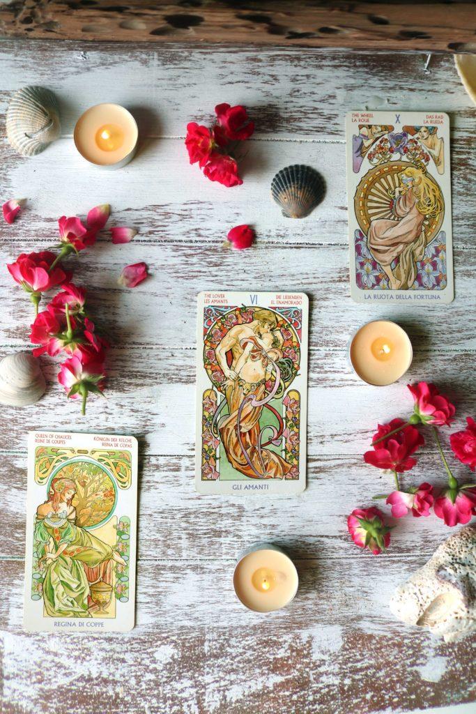 Aphrodite Love & Attraction Tarot Spread