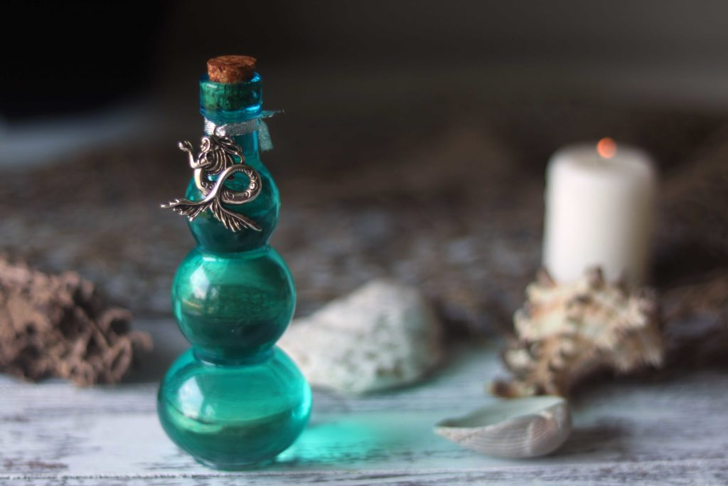Ocean potion sea witch essential oil recipe.