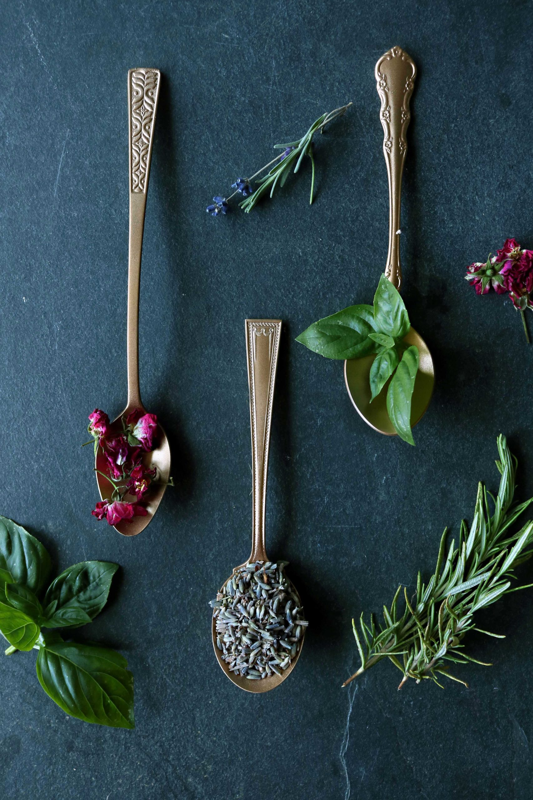 9 Love spell herbs and how to use them.
