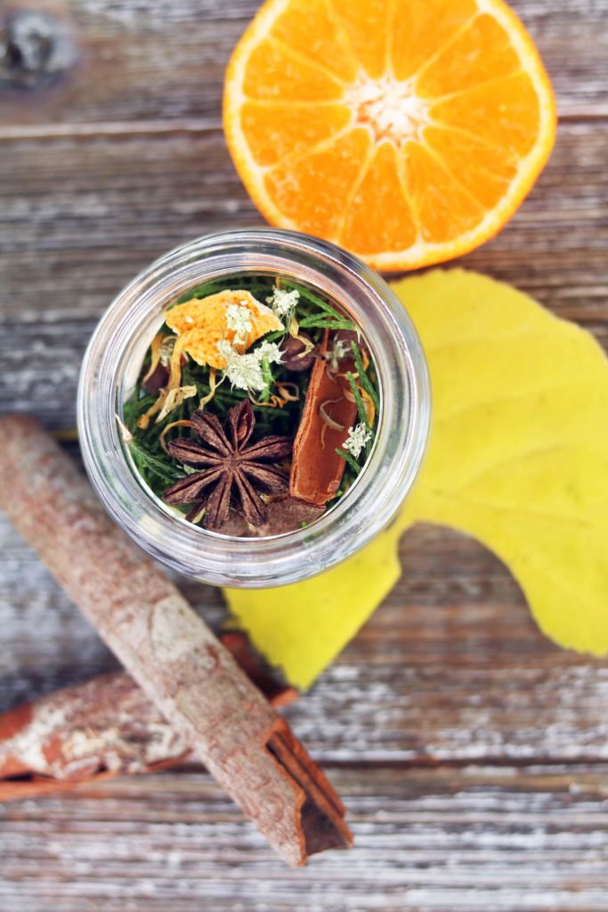 Mabon loose incense DIY recipe for Fall Equinox and autumn moon rituals.