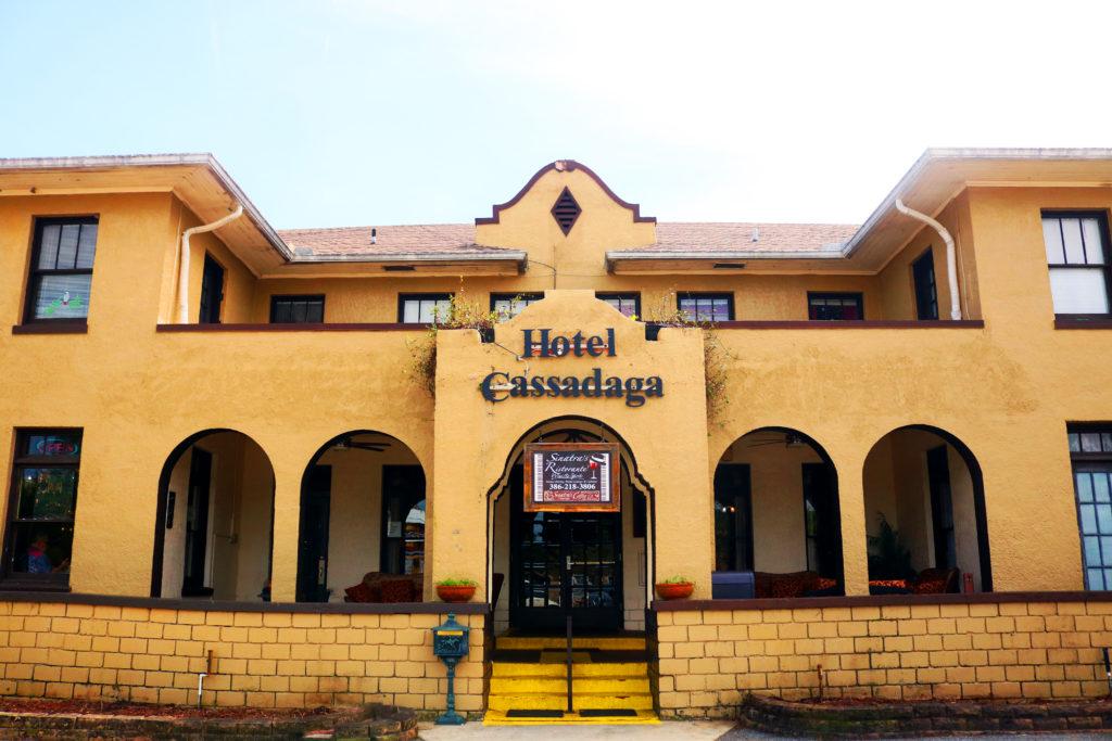 Hotel Cassadega