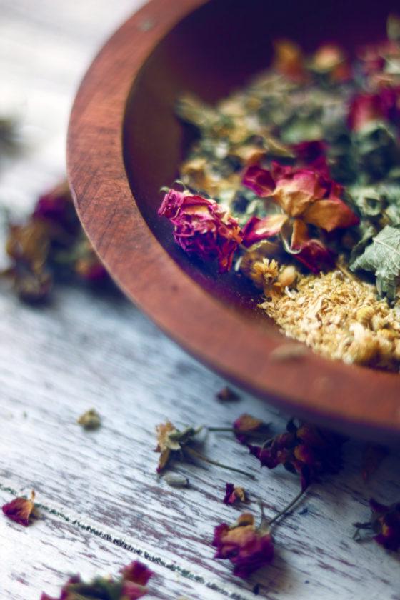 Easy ostara incense recipe.