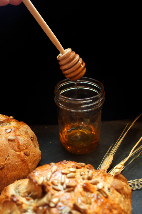 How to make honey sun bread for Lughnasadh.