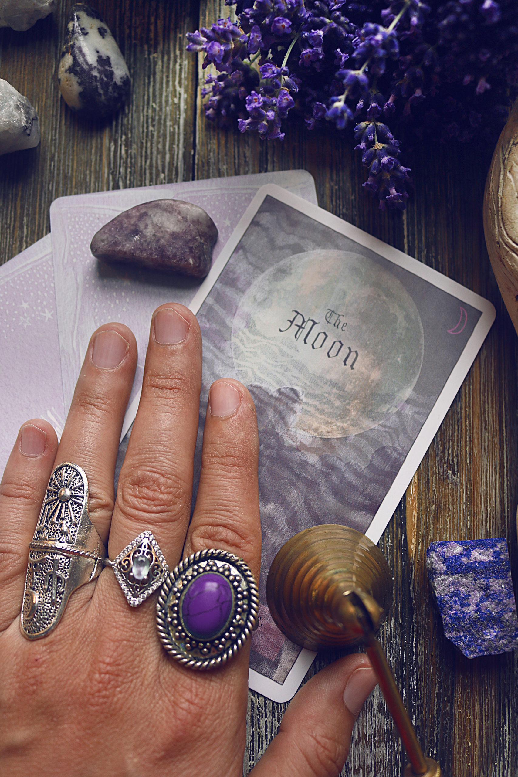 Why I use oracle cards instead of tarot cards when reading for myself.